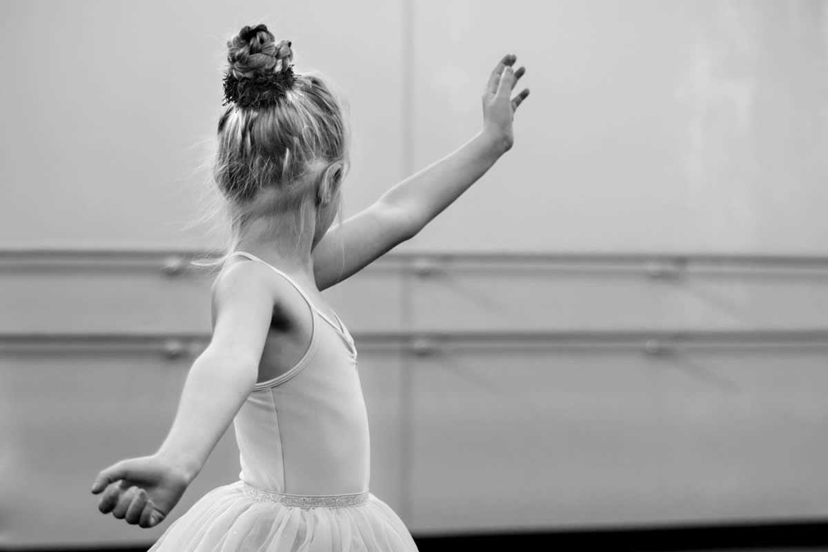 Four Reasons You Should Enroll Your Child in Dance Classes at a Young Age