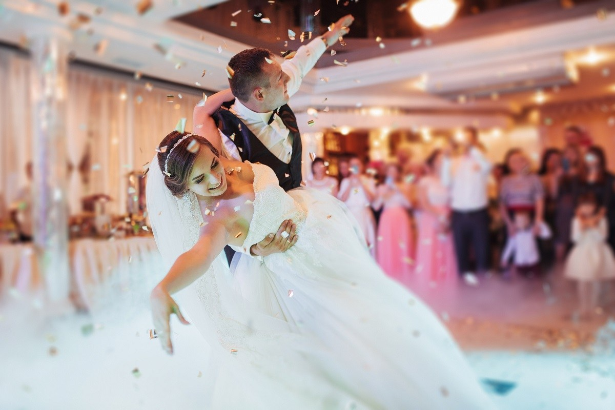 How to Design a Successful Wedding Dance Routine
